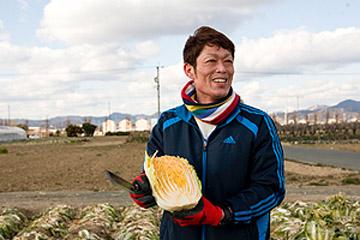 栽培のすべてにこだわった、甘くおいしい冬野菜 / 愛知県豊川市・川崎農園を訪ねる