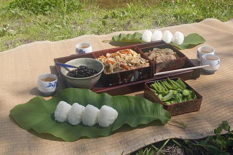 昔ながらの田植え料理