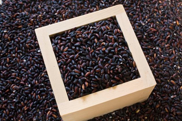 紫黒米(しこくまい)