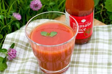 健菜トマトジュース 今年のヌーボーはま〜だかな